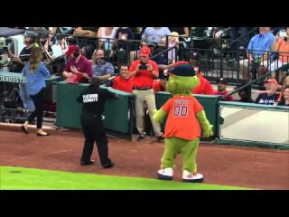 Mascot vs Security Dance